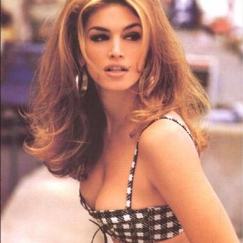 cindy crawford, stunning look