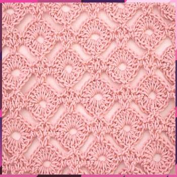 Knitted circles or little wheels to crochet special for blouses, jersey and blankets blankets