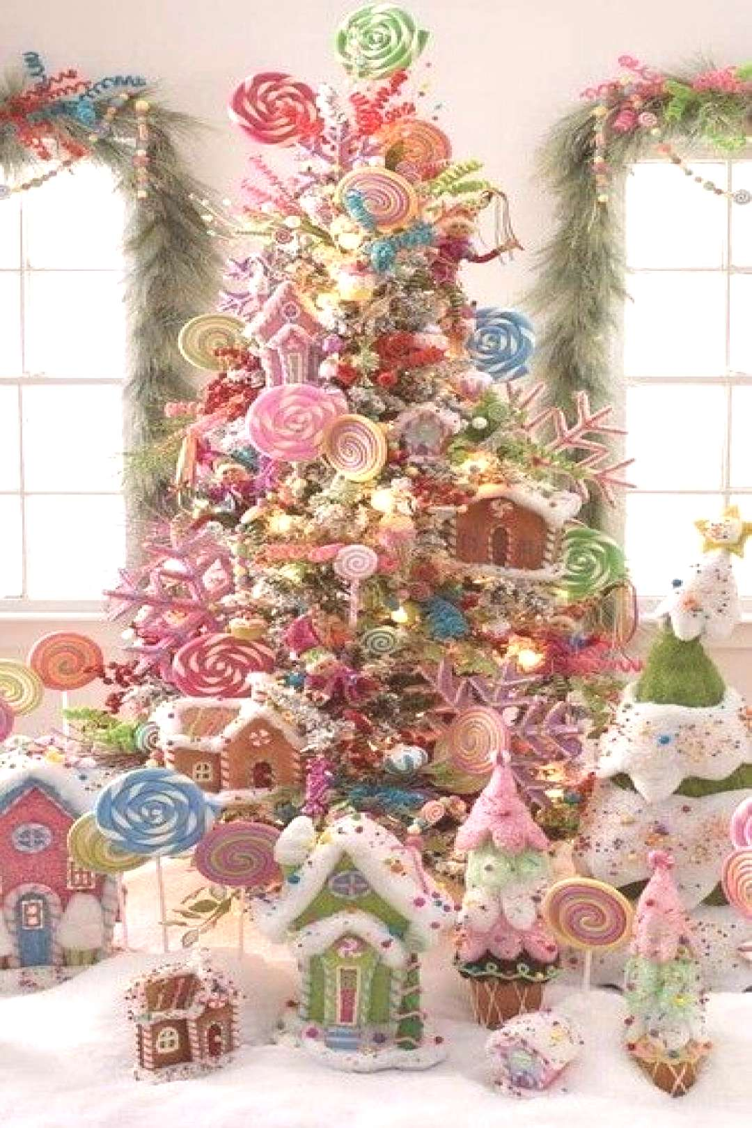 40+ Best Christmas tree decor ideas amp inspirations for 2019 - Hike n Dip
