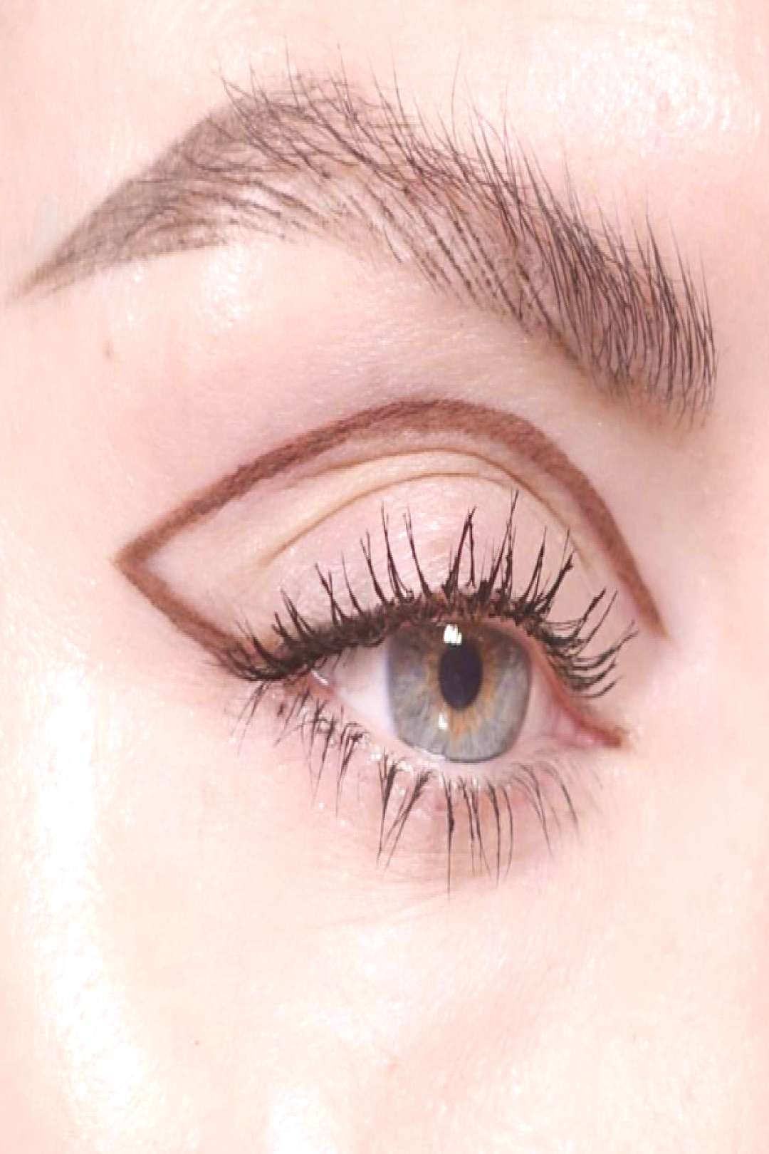 Do It Better: How to Cover Dark Circles With Concealer